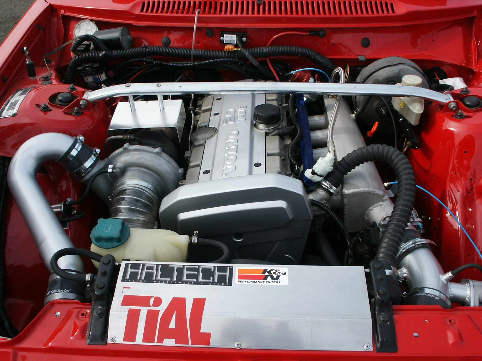 With Plusvalves on Volvo 240 T5 Engine Swap